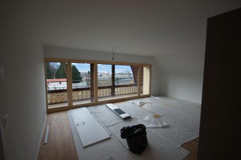 26. Januar 2018 - Die Dachwohnung ist bald bezugsbereit.