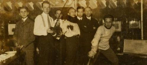 Foto: Ze'ev Aleksandrowicz, 1925: Die schlagende jüdische Studentenverbindung Emunah, Wien 9, Servitengasse 4