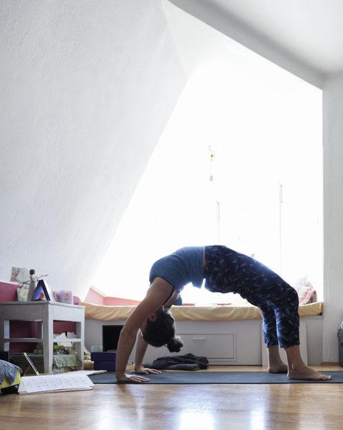 Let go to flow • TCM-inspirierte Yoga-Sequenz fürs Loslassen