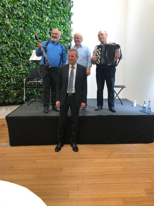 Bürgermeister Hr. Maly bei der Eröffnung des Schultheiss Wohnbau AG Firmengebäudes