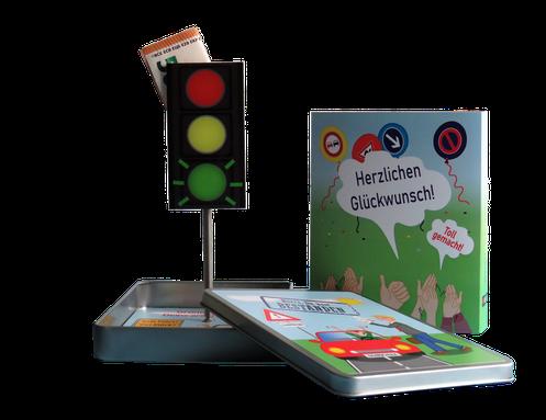 Geschenke Verpackung zum Führerschein Produkt-Präsentation Geldgeschenkverpackung Fahrschule
