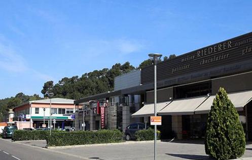 Les courses location saisonni re maison gite entre for Achat maison aix en provence entre particuliers
