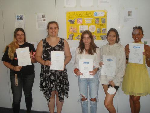 Urkundenübergabe an der Euro-Fremdsprachenschule in Ingolstadt