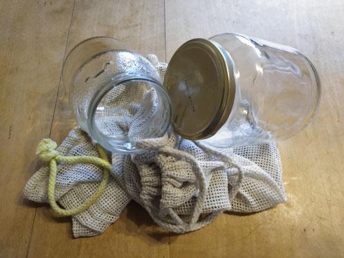 Plastikfreie Einkaufshelfer. Bild: Lucia Tischer