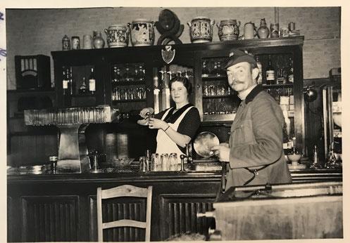 Gaststättenszene 1920er Jahre - Bild ULB