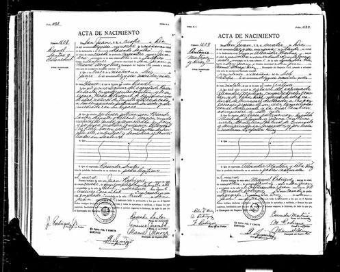 Acta de Nacimiento de Daniel Santos.