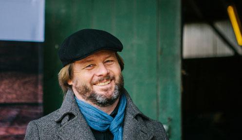Privates Portrait von Christian Knudsen, Zauberer in Hamburg