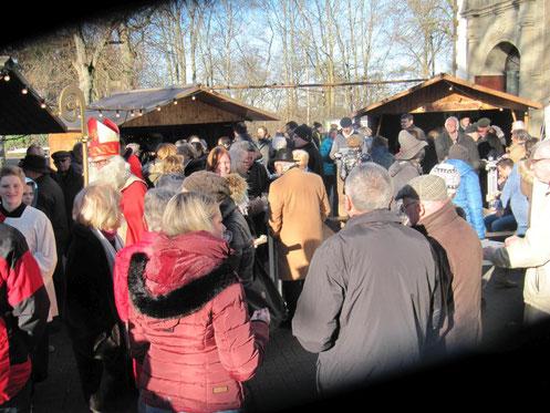 Weihnachtsmarktbetrieb 2016 in St. Josef