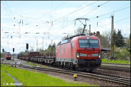 193 384-5 hat am 05. Mai 2021 einen Mischer am Haken, als sie durch Leipzig-Wiederitzsch rollt