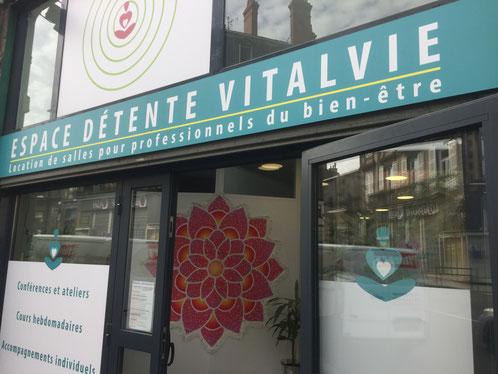 Au 19 rue Fontgiève, juste à côté du magasin Bio l'Eau Vive