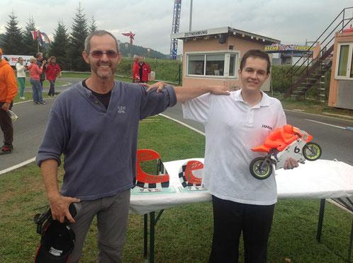 Vater René mit seinen Sohn Stefan der WELTMEISTER 2013 wurde im eigenem Land ein Traum für alle der in Erfüllung ging.
