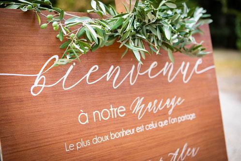 Panneau d'accueil mariage en bois