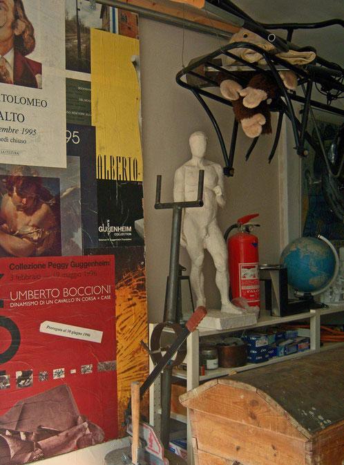 inside my studio - interno dello studio