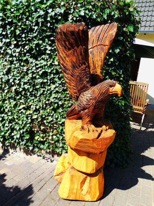Adler aus Eiche ca. 150cm