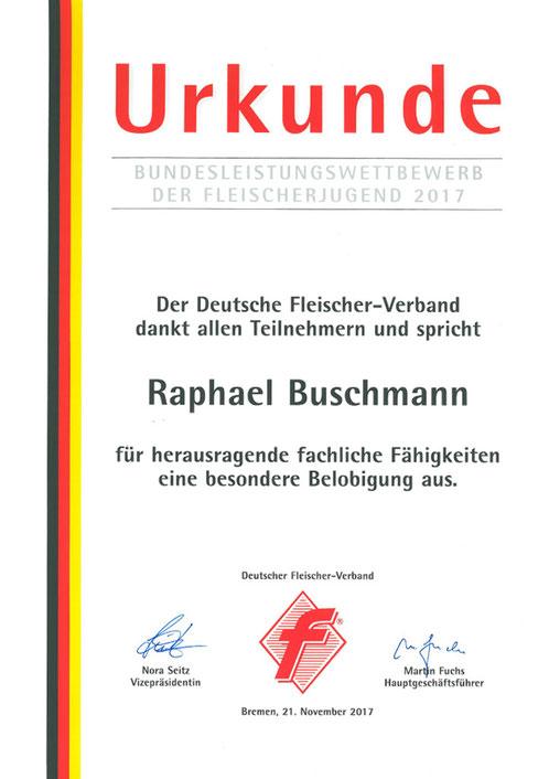 Raphael Buschmann wurde als Sieger des Bundesleistungswettbewerbs der Fleischerjugend 2017 für herausragende Leistungen geehrt.