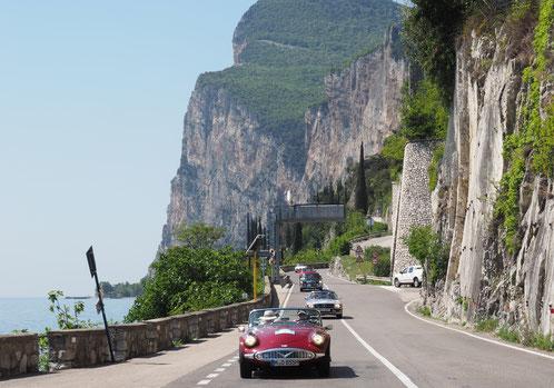 Einfahrt zum Mittagessen im Trentino