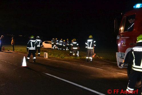 Feuerwehr; Blaulicht; FF Andorf; Unfall; PKW;