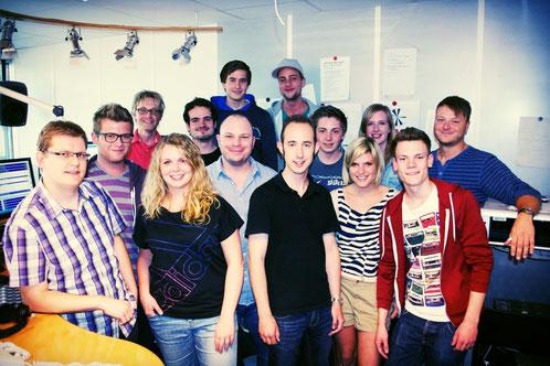 Das deinfm Team mit Coach und Projektmanager Matthias J. Milberg