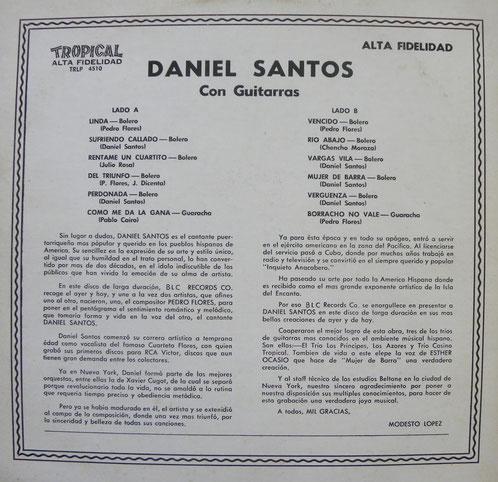 RESPALDO DE CARATULA DEL LP No. TRLP 4510, DANIEL SANTOS CON GUITARRAS.