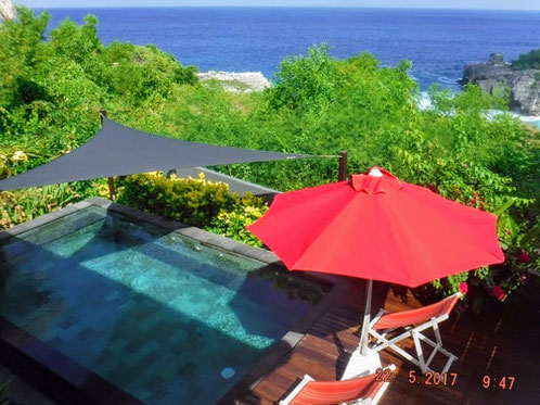 Villa for sale by owner located in Ceningan Island.