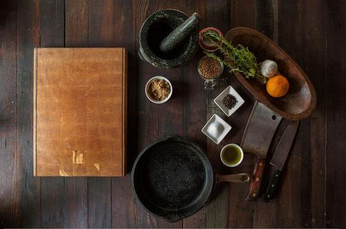 Beim Kochen Nachhaltigkeit entdecken, beim Essen kommen die Leute zusammen