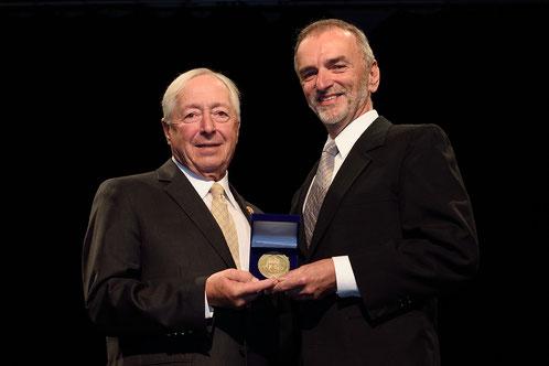 L'honorable J. Michel Doyon, Lieutenant-gouverneur du Québec avec Antonio Di Lalla