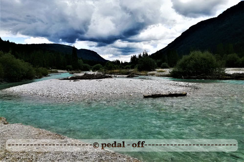 Wasser See Fluss fließend Natur Outdoor Naturfotographie isar