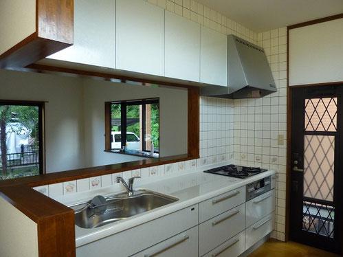 北区システムキッチン設備解体費用