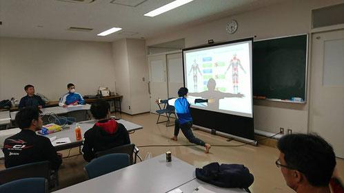 体幹トレーニングの基礎講座