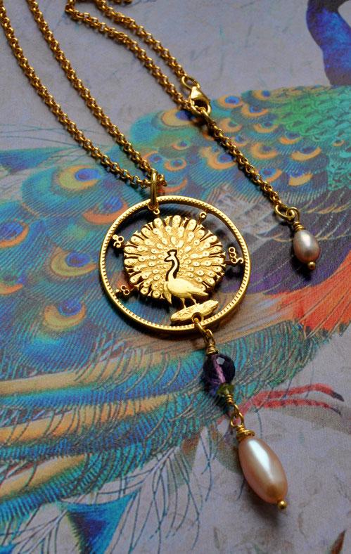 Münzsagewerk Katrin Thull   Burma - Pfau mit Stein Gold