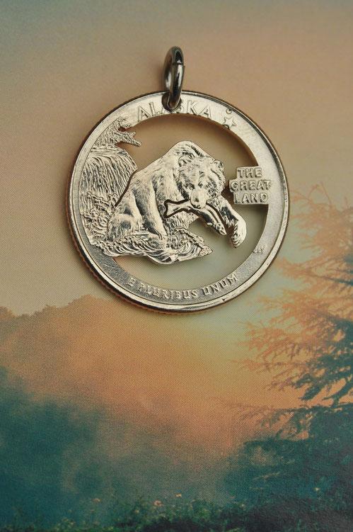 Münzsägewerk Katrin Thull | USA - Alaskabär mit Lachs