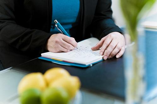 Schreibarbeiten Rechnungserstellung Sortierarbeiten Urlaubsvertretung Ordnungssystem