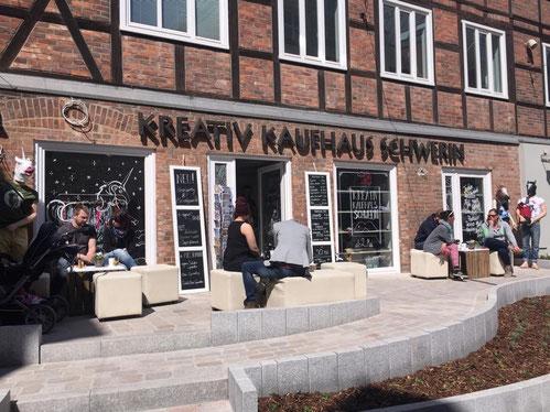 KIZZU Schmuckstücke im Kreativ Kaufhaus Schwerin