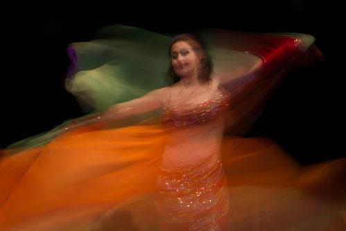 1001 Nacht, Créarte, Nadja Ghazal, orientalischer Tanz, Bauchtanz in Bern und Thun, Auftritt, Performance, Event, Künstlerin, Tänzerin, Unterhaltung, Schleiertanz