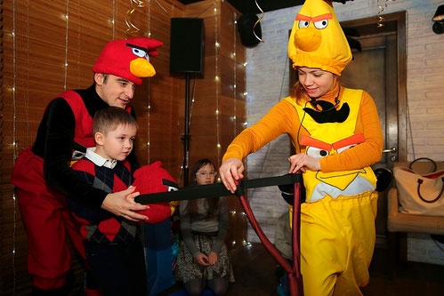 аниматоры энгри бердс на детский праздник день рождения ребенка