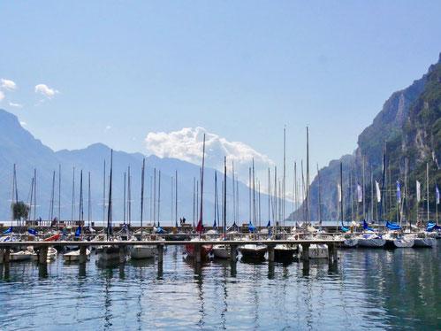 Italienreise: Yachthafen Riva am Gardasee