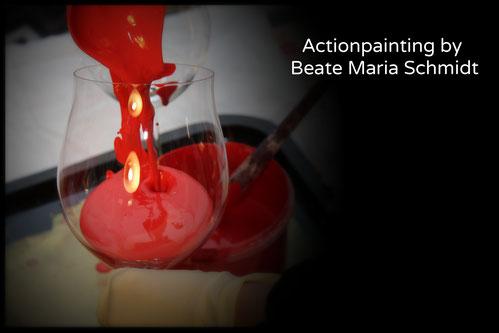 Anmischen der Farbe für das Actionpaintinmg