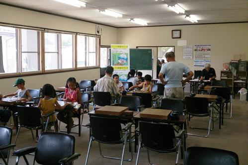 大人顔負けの実力を持つ子どもも多いこども囲碁教室