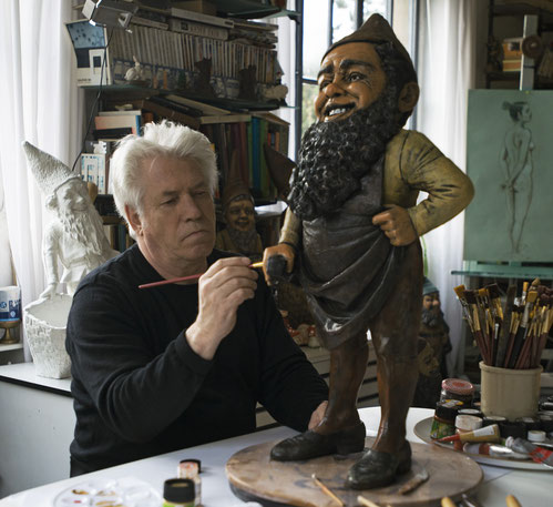 Karl Moeller working at a large Bernhard Bloch gnome from approx 1880