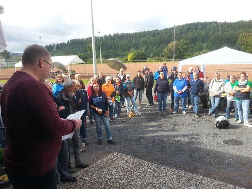 Volker Hübchen vom NPV bei der Begrüßung der Teilnehmerinnen.