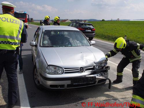 Feuerwehr, Blaulicht, Unfall, LB36, Waidhofen/Thaya