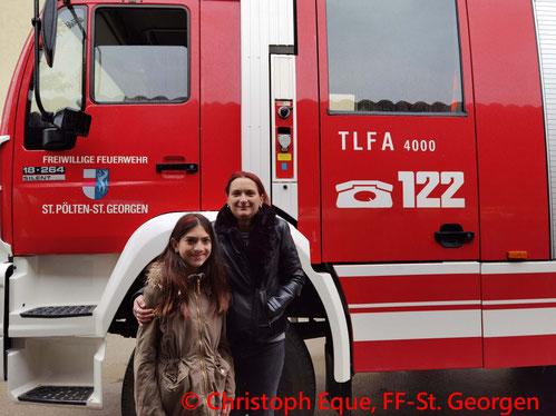 Feuerwehr; Blaulicht; FF St. Georgen; Brand; Wohnhausanlage; Rauch;