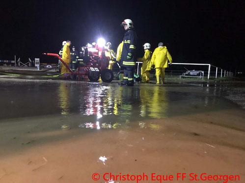 Feuerwehr; Blaulicht; FF St. Georgen; Unfall; PKW; Überschlag;