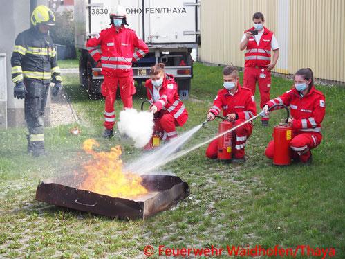 Feuerwehr; Blaulicht, FF Waidhofen/Thaya; Übung; Rotes Kreuz;