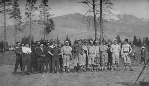 La foto di squadra della partita giocata in Svizzera
