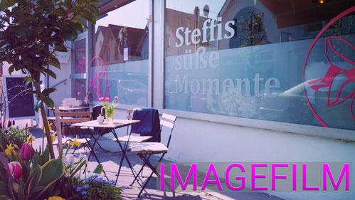 """Eingangsbereich von """"Steffis süße Momente"""" in der Bahnhofstraße"""