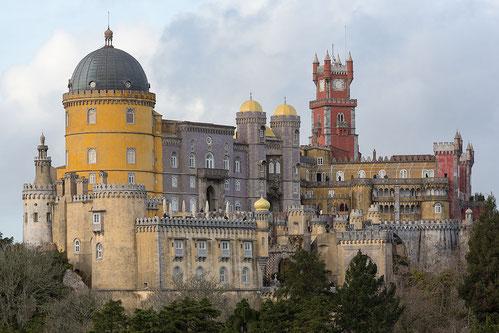 Der Palácio Nacional da Pena   Photo by CEphoto, Uwe Aranas