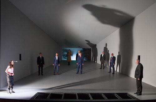 Johannas langer Schatten über der Männerwelt