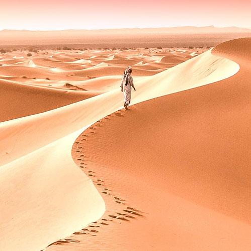 Erleuchtung hat die Strahlkraft der Stille der Wüste