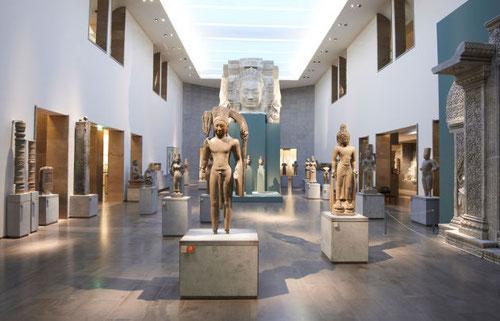 A Tour at the Estrine Museum